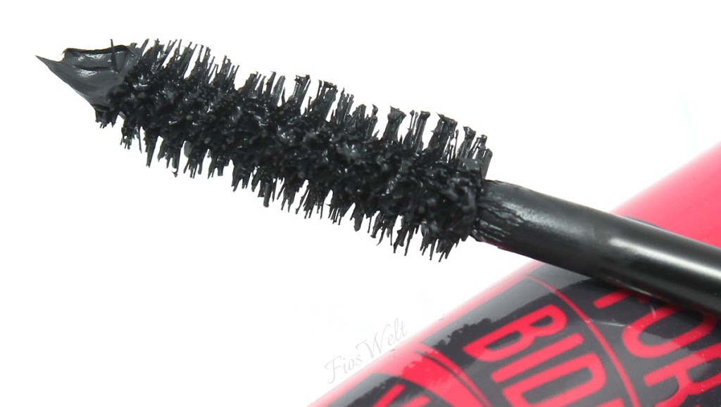 essence Forbidden Volume Rebel Mascara