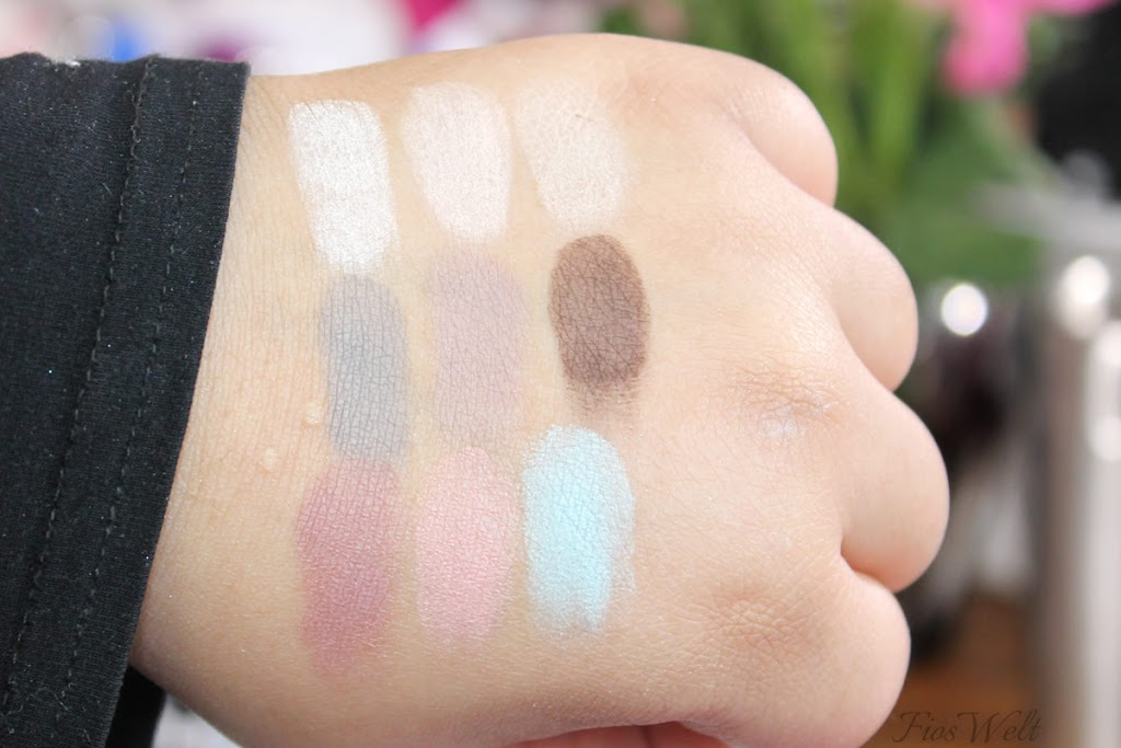 The Velvets Eyeshadow Swatch
