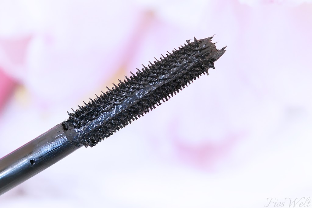Rock Couture Extreme Volume Mascara 24h