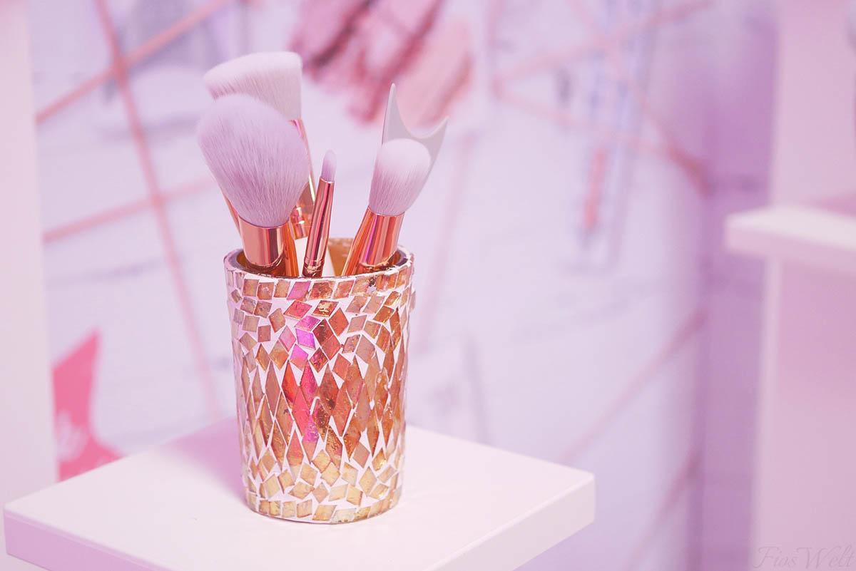 essence i love my brushes