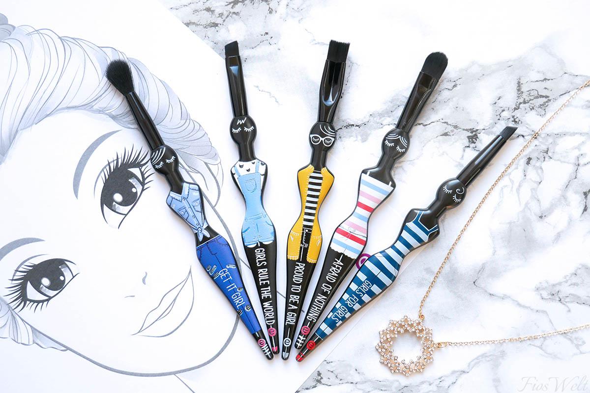 essence Girl Squad Eye Brush